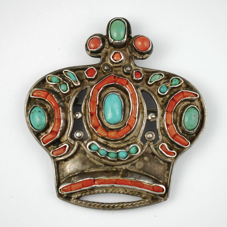 Matl PIn Crown